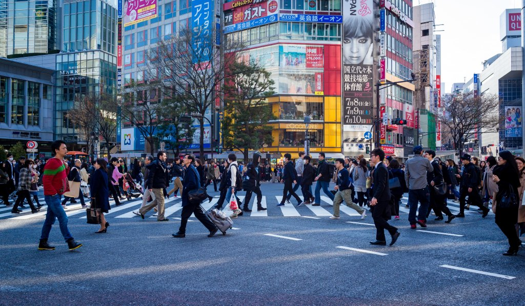 The modernity of Tokyo life cory-schadt-127740-unsplash