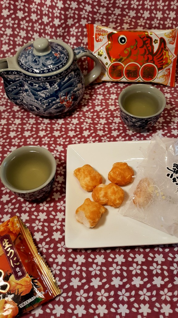 Those lovely Funwari Meijin Mochi Puffs: Kinako! From Bokksu